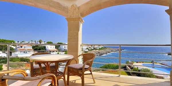 4 bedroom Villa for sale in Cala d`Or, Mallorca