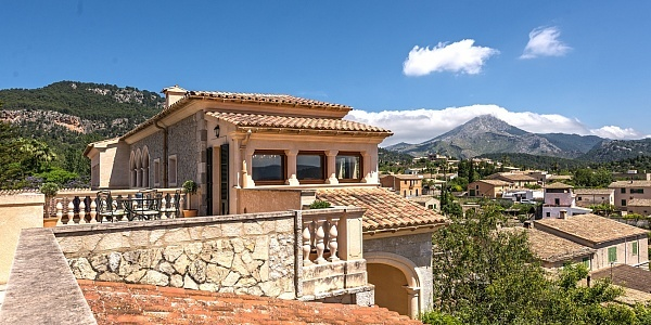 4 bedroom Villa for sale in Es Capdella, Mallorca