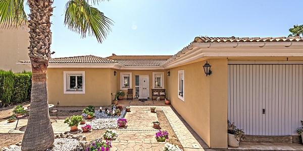 4 bedroom Villa for sale in Vallgornera, Mallorca