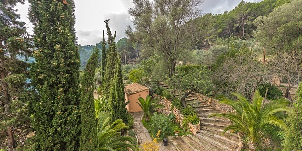 5 bedroom Finca for sale in Andratx, Mallorca