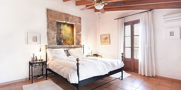 5 bedroom Finca for sale in Buger, Mallorca