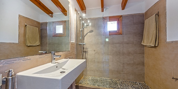 5 bedroom Finca for sale in Es Capdella, Mallorca