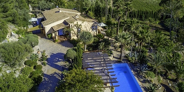 5 bedroom Finca for sale in Manacor, Mallorca