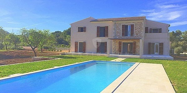 5 bedroom Finca for sale in Porto Colom, Mallorca