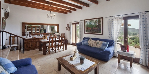 5 bedroom Townhouse for sale in Alaro, Mallorca