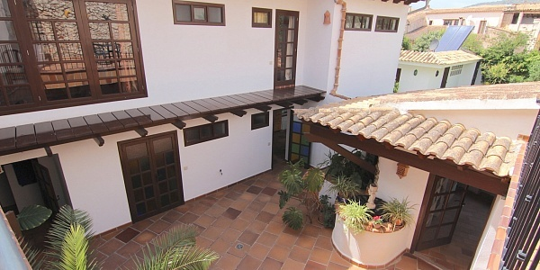 5 bedroom Townhouse for sale in Binissalem, Mallorca
