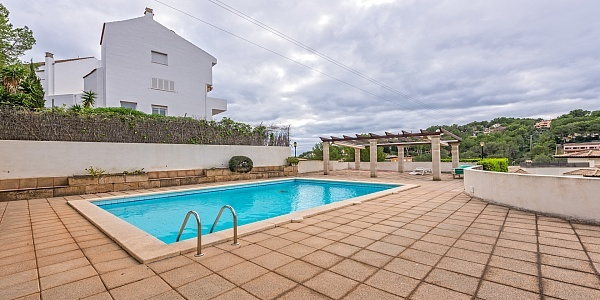 5 bedroom Townhouse for sale in Cas Catala, Mallorca