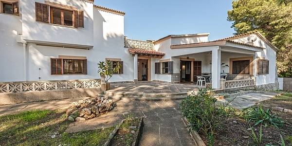 5 bedroom Townhouse for sale in Playa de Palma, Mallorca