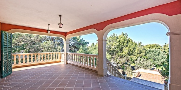 5 bedroom Villa for sale in Cala Blava, Mallorca