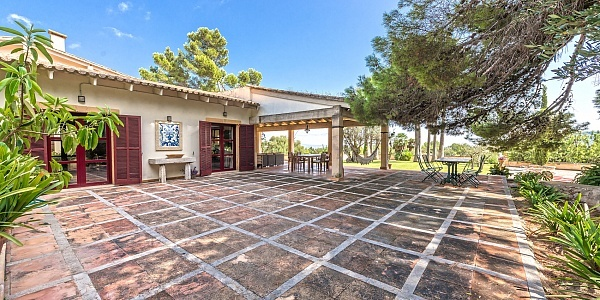 5 bedroom Villa for sale in Establiments, Mallorca