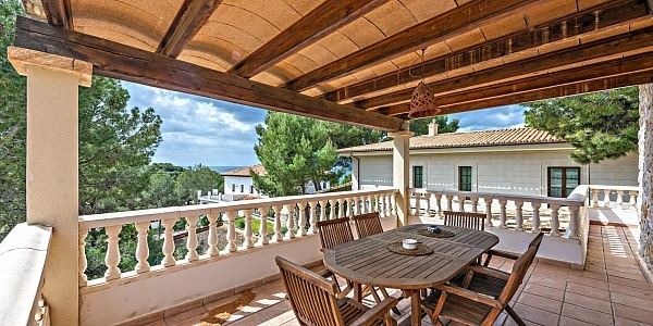 5 bedroom Villa for sale in Paguera, Mallorca