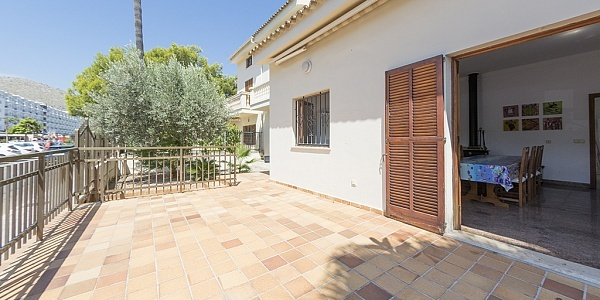 5 bedroom Villa for sale in Puerto de Alcudia, Mallorca