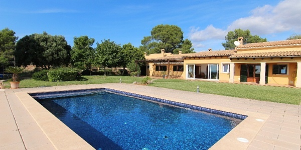 5 bedroom Villa for sale in Puntiro, Mallorca