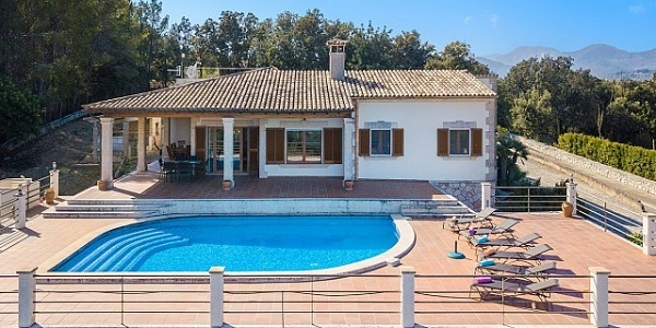 5 bedroom Villa for sale in Selva, Mallorca