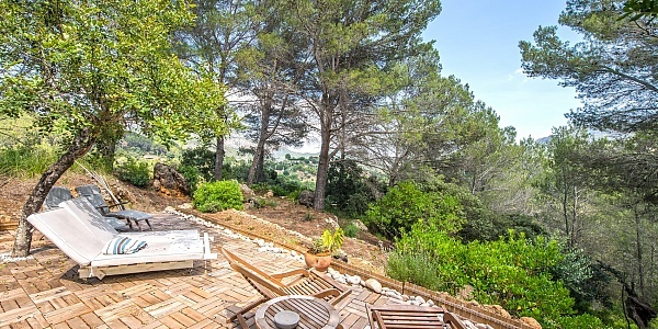 6 bedroom Finca for sale in Puigpunyent, Mallorca