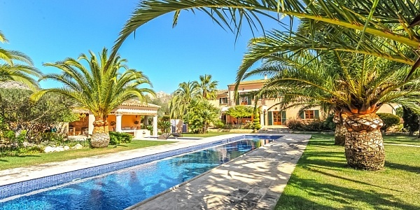 6 bedroom Finca for sale in SArraco, Mallorca