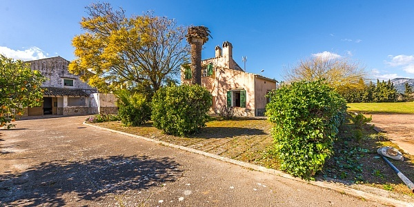 6 bedroom Finca for sale in Selva, Mallorca