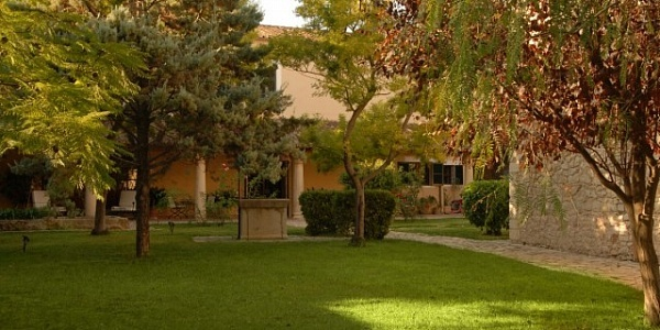 6 bedroom Mansion for sale in Binissalem, Mallorca