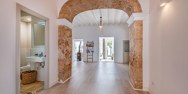 6 bedroom Townhouse for sale in Alaro, Mallorca