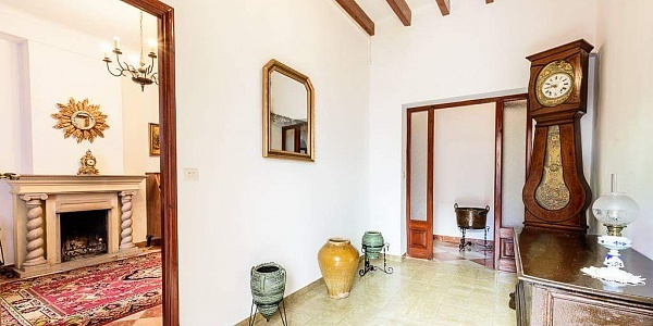 6 bedroom Townhouse for sale in Andratx, Mallorca