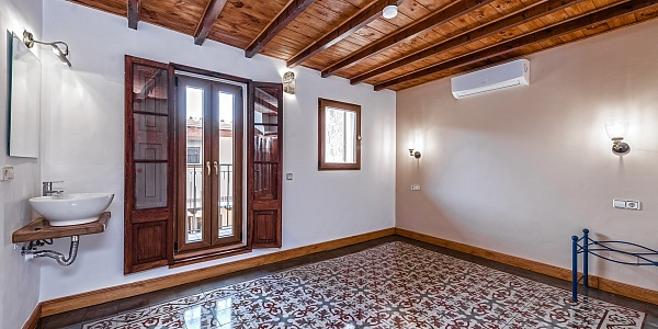6 bedroom Townhouse for sale in Llucmajor, Mallorca