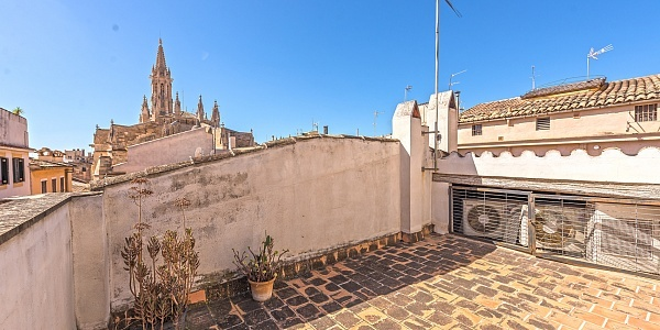 6 bedroom Townhouse for sale in Palma Oldtown, Mallorca