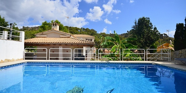 6 bedroom Villa for sale in Alcudia, Mallorca