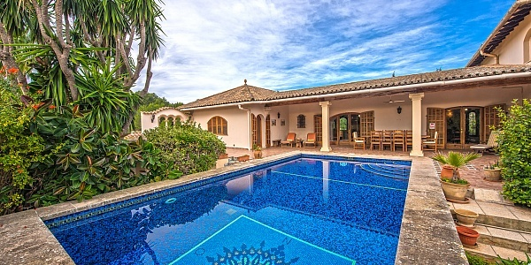 6 bedroom Villa for sale in Calvia, Mallorca