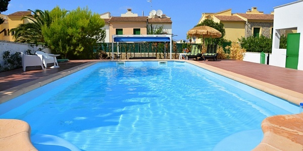 6 bedroom Villa for sale in Colonia de Sant Pere, Mallorca