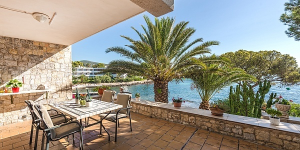 6 bedroom Villa for sale in Palmanova, Mallorca