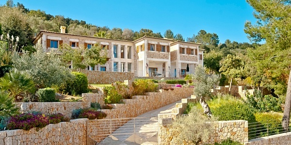 6 bedroom Villa for sale in Pollensa, Mallorca