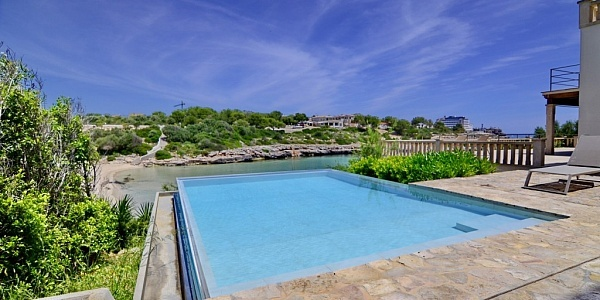 6 bedroom Villa for sale in Porto Colom, Mallorca
