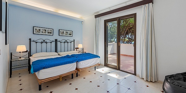 6 bedroom Villa for sale in Puerto de Alcudia, Mallorca