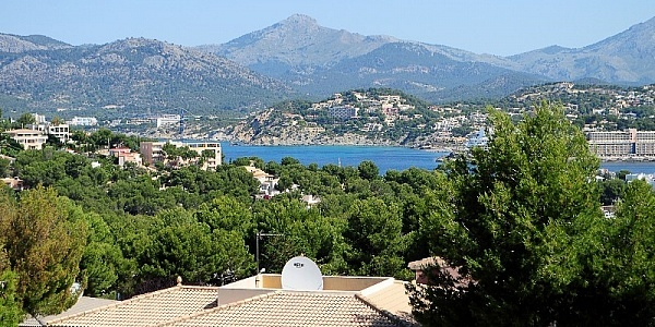 6 bedroom Villa for sale in Santa Ponsa, Mallorca