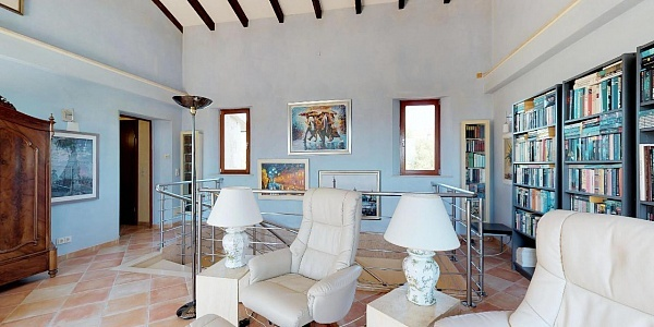 7 bedroom Finca for sale in Alcudia, Mallorca