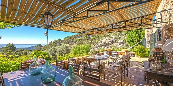 7 bedroom Finca for sale in Esporles, Mallorca