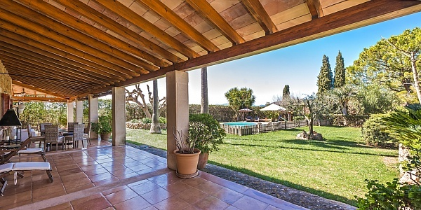 7 bedroom Finca for sale in Santa Maria del Cami, Mallorca