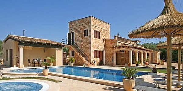 7 bedroom Finca for sale in Ses Salines, Mallorca