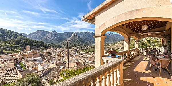 7 bedroom Townhouse for sale in Bunyola, Mallorca