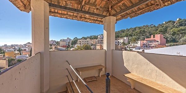 7 bedroom Townhouse for sale in El Terreno, Mallorca