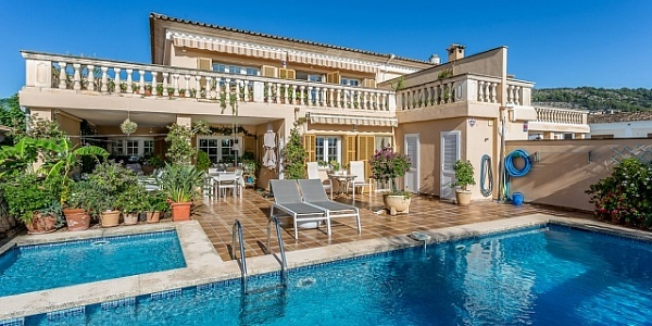 7 bedroom Villa for sale in Palmanyola, Mallorca