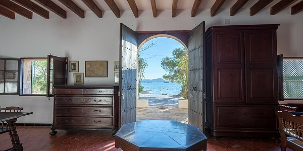 7 bedroom Villa for sale in Puerto Pollensa, Mallorca