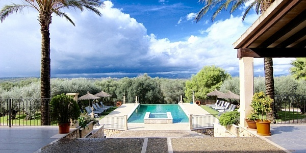 8 bedroom Finca for sale in Ariany, Mallorca