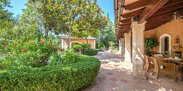 8 bedroom Finca for sale in Palma, Mallorca