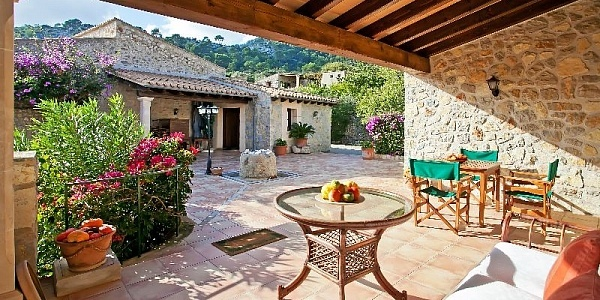 8 bedroom Finca for sale in Selva, Mallorca