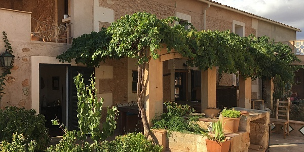 8 bedroom Hotel for sale in Campos, Mallorca
