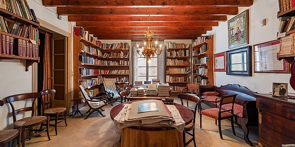 8 bedroom Mansion for sale in Sineu, Mallorca