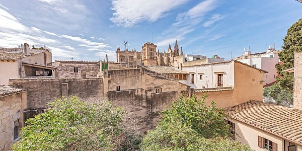 9 bedroom Townhouse for sale in Palma Oldtown, Mallorca